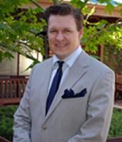 Dr. Greg Hine