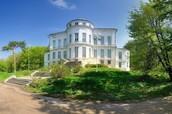 Дворец - музей графа А.Г. Бобринского