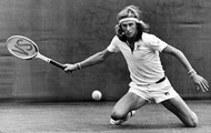 Björn Borg comes and plays