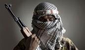 טרוריסט עם רובה