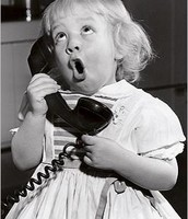 y hablar por teléfono.