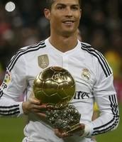 CR7 con el balón de oro