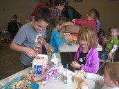 Little Learners make gingerbread houses