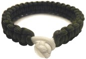 Want a paracord bracelet or necklace?