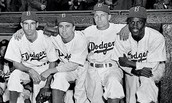 Jackie Robinson with his teammates