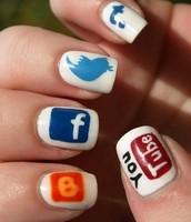 {Get your Social Media Nailed}