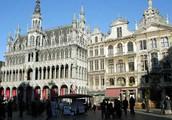 Люди в Бельгии, в Брюсселе,  кружева плести умели.