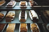 Full casing of cookies and other desserts!