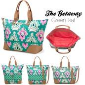 Getaway Bag Green Ikat