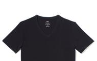 j'achete un t-shirt de noir