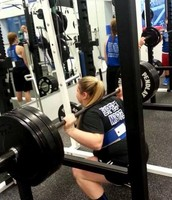 Shelby Graybill squats 325 lbs!!