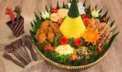 Have a Tasty Food Basket For Dinner