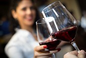 Moderate Alcohol Consumption May Not Offer Any Health Benefits After All; Claims May Be Based On 'Flawed' Science