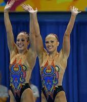 Mariya y su compañera en los juegos olímpicos.