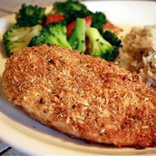 Entree: Breaded Chicken served with rice and vegetables