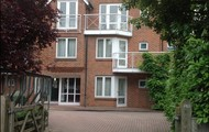 This is the house I stay in on Banbury Road.