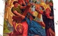 9.Pan Jezus upada pod krzyzem po raz trzeci.