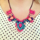 FRIDA NECKLACE $32 (75% OFF)