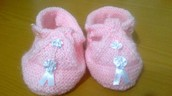Zapatitos sandalia de lanita para tu bebé
