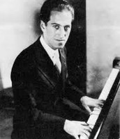 Gershwin playing his peices.