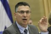 שר הפנים לשעבר גדעון סער נואם נגד פתיחת חנויות בשבת