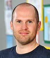 Mr Chris Farnen