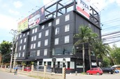 Henry Hotel - Php5350 per person