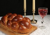 Celebrate Shabbat with families and class friends!