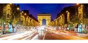 See the beautiful sights of Av. Des Champs-Elysées
