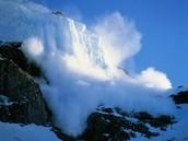 Avalanche atop mt. rainier