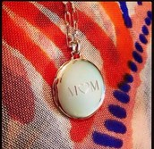 Engravable locket