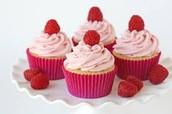 4 cupcakes +