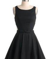 vestido negro ($cuarenta y cinco)