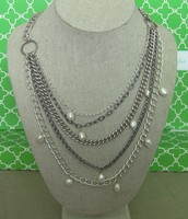 Avery Chains & Pearls