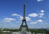 Come see the famous Eiffel Tower in Paris...