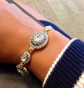 Neeya bracelet