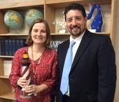 Smelser Receives Teacher Lighthouse Award