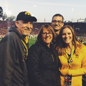 Family a Rose Bowl
