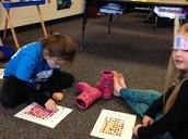 PES - Kindergarten SciGirls Make Binary Code Necklaces