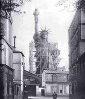 The statue being built in Paris