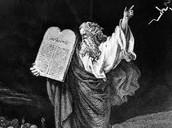 משה מקבל את התורה בהר סיני