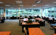 Access to meeting rooms, business lounges & cafe