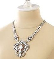 KAIA PENDANT NECKLACE$62   (55% off)