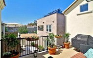 Priced Right!  2bed 2 bath $995,000