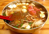 Come and enjoy hot soup during this cold & rainy day!