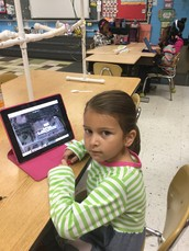 BES - 1st Grade Students using Google Earth