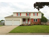 140 Crofton Dr, West Seneca