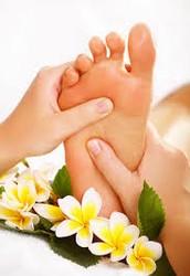 Ofrecemos los mejores servicios en masajes manuales !