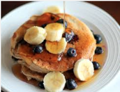 Breakfast Cottage Cheese Pancakes with Almonds