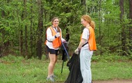 volunteer to help clean up our wildlife!